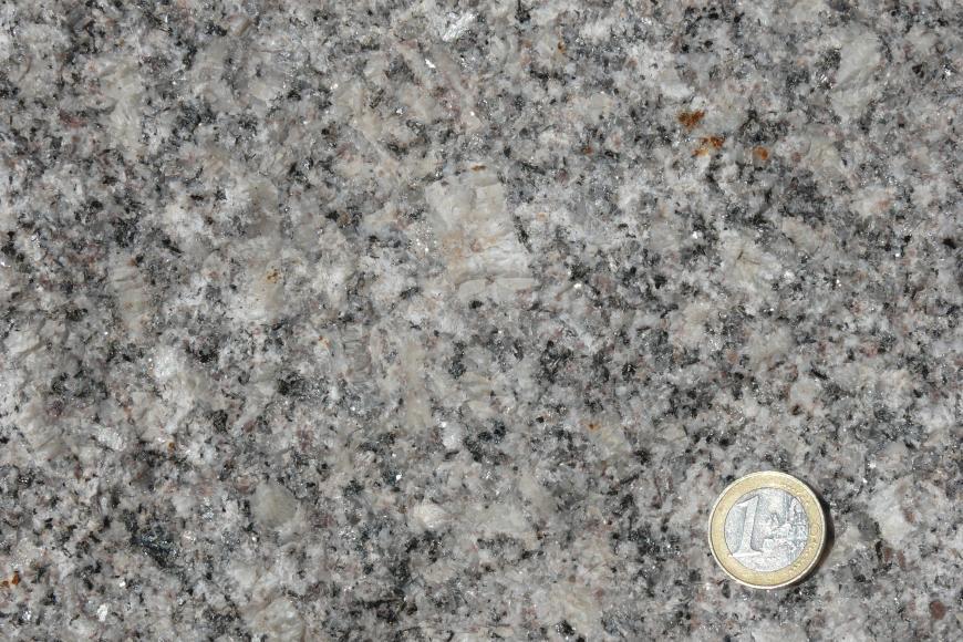 Mittel- bis grobkörniger, porphyrischer Forbach-Granit