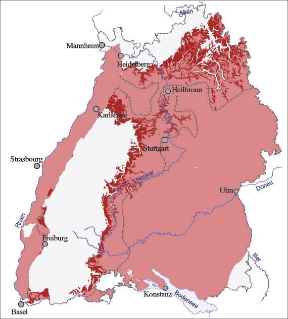 Blick auf eine Übersichtskarte von Baden-Württemberg. Farbig abgesetzt (rot) ist der Ausstrich und die Verbreitung von Oberem Muschelkalk im nördlichen und östlichen Landesteil sowie am Oberrhein.