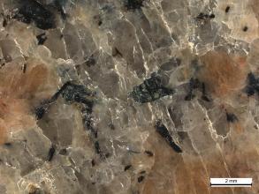 Kalifeldspäte sind die Hauptkomponenten des Bühlertal-Granits.