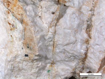 Detail von weißem Schwerspat.
