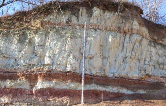 Tonsteine und überlagernde Sandsteine der unteren Süßwassermolasse.